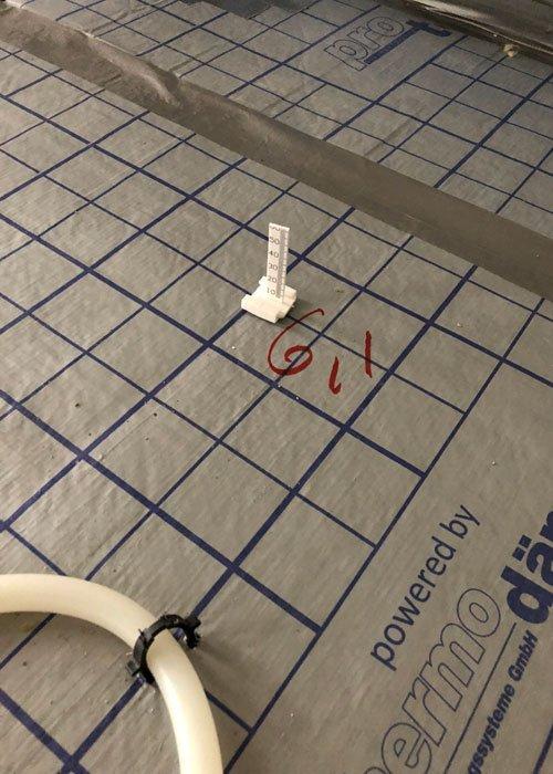 varmeslanger med gulvvarmeplader